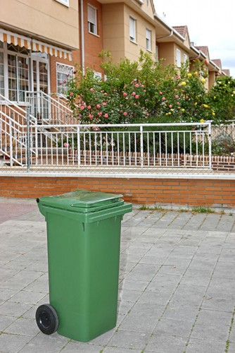 haleco conteneur plastique 4 roues 500 litres pour d chet recyclage devis gratuit sur. Black Bedroom Furniture Sets. Home Design Ideas